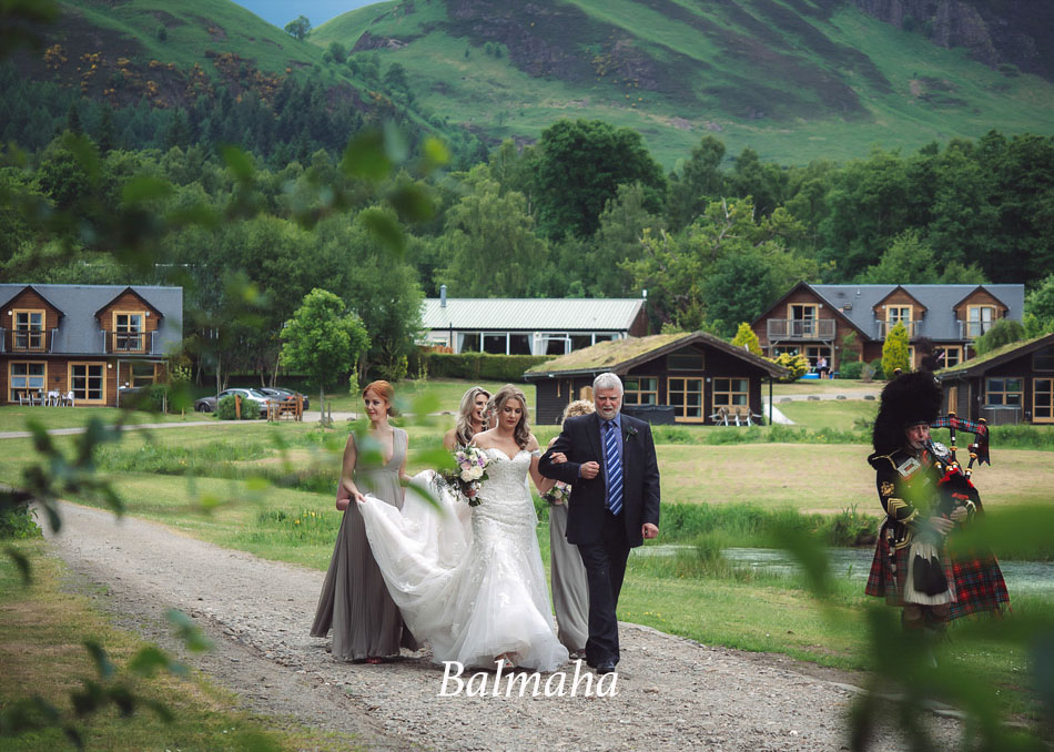 Creative Wedding Photographer based near Glasgow with a natural documentary style and regularly travel all of Scotland to photograph weddings
